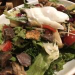 ピッツェリア トラットリア ニッターナ - 砂ぎもとキノコのサラダ