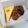 ア・ビアント - 料理写真:濃厚チーズケーキとアップルパイ