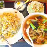 川香楼 - 料理写真:五目ラーメン定食580円+半チャーハンを並盛り変更+100円