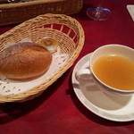 12831374 - パン、スープ付き