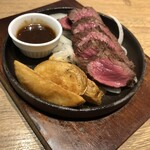 肉バル モダ・バッカ -