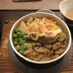 かごの屋 明石店 - 料理写真:季節の釜めし