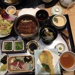 Maruyahonten - 彩り天婦羅御膳と肝吸いです
