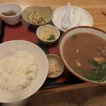 名護曲レストラン - 山羊汁定食