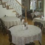 カフェ木かげ - テーブル席