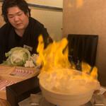 128331834 - 立ち上がる炎は店長(掲載承認済み)をこんがりと炙るためではないのでだ(笑)
