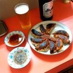 焼餃子 いろは - 焼餃子 いろは@福島 瓶ビールと焼餃子 海老入り