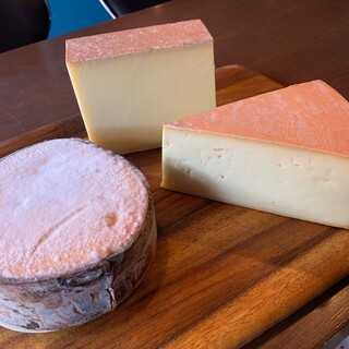 チーズ専門のスタッフ(チーズプロフェッショナル)がいます。