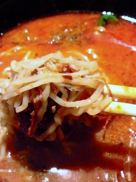 麒麟園 - 画期的なハバネロ練りこみ麺