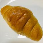 石釜工房 魔法の樹 - プレミアム塩パン   ¥100なり