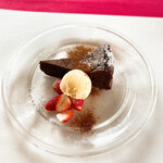 アルチ・ゴーラ - 甘いのはgâteauchocolatだそうな。