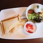 桜坂珈琲店 - 料理写真:桜坂モーニングプレート