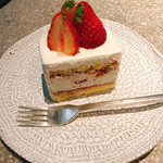 128374718 - 季節のショートケーキ(600円)