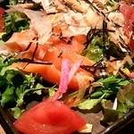 zensekikoshitsuumekonoie - お刺身サラダ