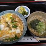 麺どころ かとう - 衣笠丼(蓋オープン)とミニ蕎麦