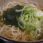 麺どころ かとう - お蕎麦アップ