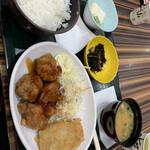 土山サービスエリア フードコート - 料理写真: