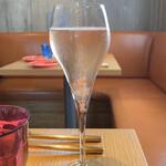 BISTRO INOCCHI - ロゼ スパークリングワイン