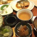 河野 - 煮魚定食