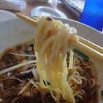 ラグタイム - 2012年5月訪問時:勝浦ワンタンタンの細めストレート、つるっとした麺