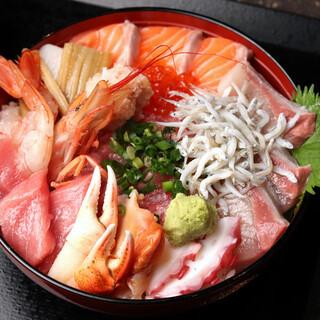 究極にこだわった新鮮魚介で作った究極の『海鮮丼』!