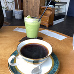 ソウエイシャ喫茶室 - ドリンク写真:ソウエイシャブレンド&抹茶シェイク