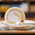 キッサ マシマロ - 2020年3月再訪:さくらクリームのロールケーキ☆
