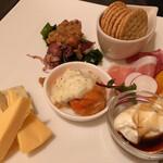 洋食・ビアホール ノマド - 前菜盛り合わせ