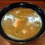 大勝軒 - 粘度は無いけど濃くありなスープ