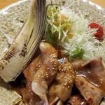 飯屋こふく - 焼き竹の子と生姜焼き 竹の子はホクホクだし、生姜焼きもボリューミーで旨し!