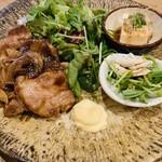 土鍋ごはん 米三 - 生姜焼き定食