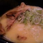 麺屋 吉宗 - にぼしダシ