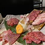 Sumibiyakinikunagomi - 盛り合わせは高級肉揃い