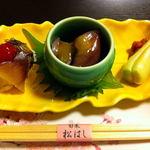 旬菜松はし  - 料理写真:お通しは三種