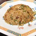 新福菜館 - +250円の半焼き飯