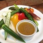 チャムアパートメント - スティック野菜のバーニャカウダ