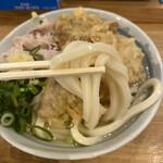 自家製さぬきうどんと肉 甚三 - 麺は讃岐にしてはコシの強さ抑えめでこれはこれで好き
