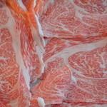 藤井肉店 - 料理写真:美味しいすき焼き、しゃぶしゃぶをどうぞ!