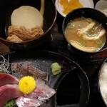 武馬 - 刺身とおでん定食