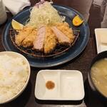 128491564 - 特上ヒレカツ(120g)定食  1,650円