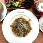 【4月】玄米カレー ソイミートとひよこ豆に焼きソイチーズ スパイスの香り