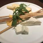 DECO - チーズの盛り合せ