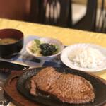 レストラン ワールド - 料理写真: