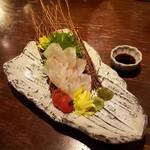 個室&肉&魚&居酒屋 俺ん家キング - 熟成桜鯛の昆布〆お刺身