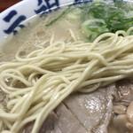 128512952 - バリカタの細麺