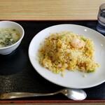 三国志 - 五目炒飯(税込650円)