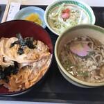 めん道場 - カツ丼セット(蕎麦)