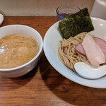 Trigo - 料理写真:味玉海老つけめん ¥970