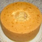 セントカトリーヌ - シフォンケーキ(オレンジ)20cm¥1300他にも、ご予約制で、色々なシフォンを焼かせて頂きます