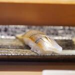 寿司安 - カンヌキ:30cmを超える大型の細魚